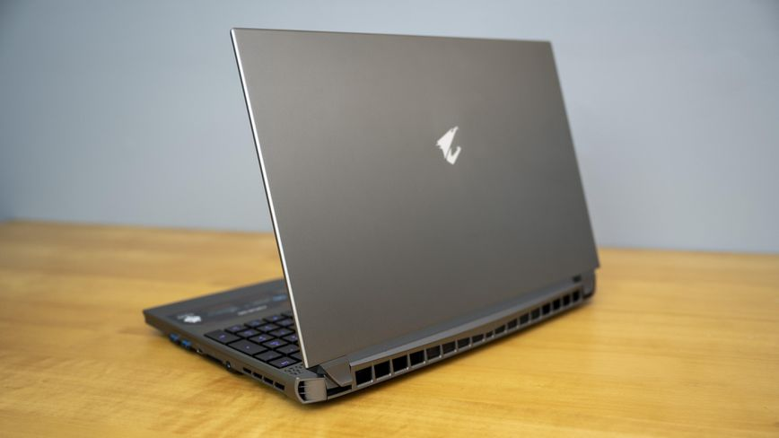 Gigabyte Aorus 15G laptop computer evaluation: Excessive-performance gaming with a display screen and keyboard to match