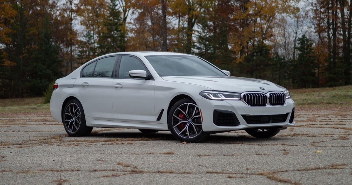2021 BMW 540i xDrive evaluation: Using the road between sharp and mushy