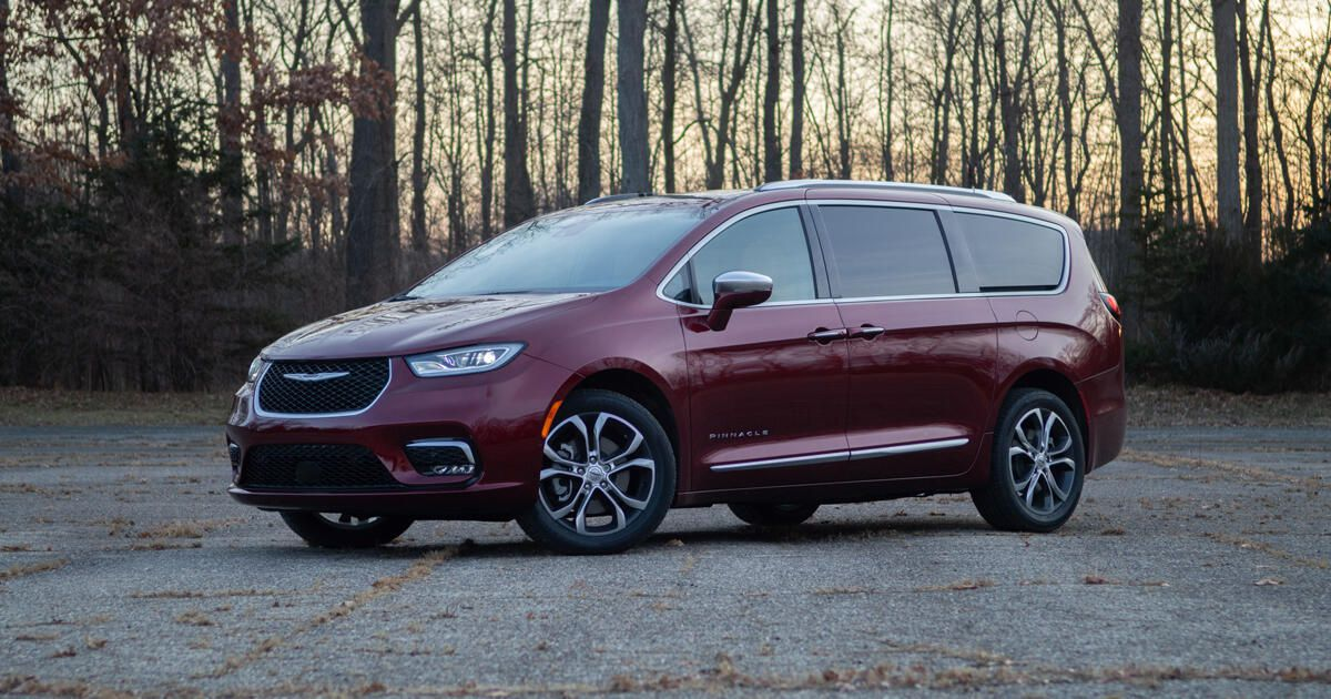 2021 Chrysler Pacifica overview: Ever the powerful act to high