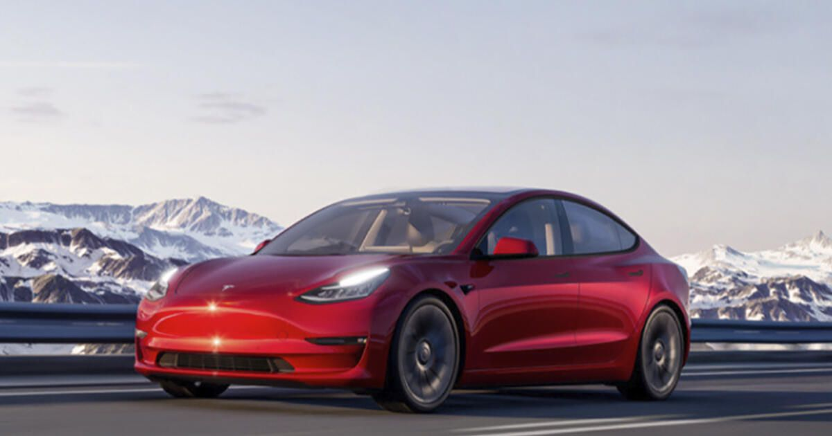 Tesla's Vacation Replace software program replace features a noisy and controversial new function
