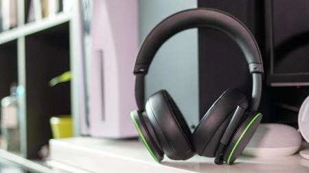 Xbox Wi-fi Headset Evaluation: X Hits the Spot