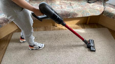 Ultenic U10 Cordless Vacuum Review: Power on a Budget