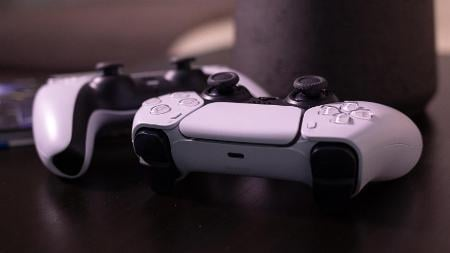How to Use the PS5 DualSense Controller on a Mac